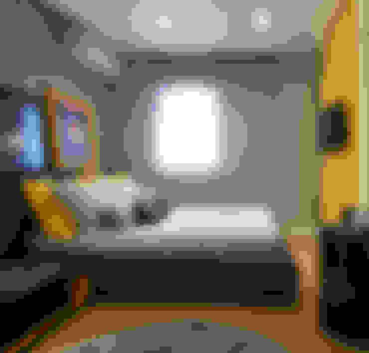 Quarto despojado amarelo: Quartos  por Barbara Dundes | ARQ + DESIGN