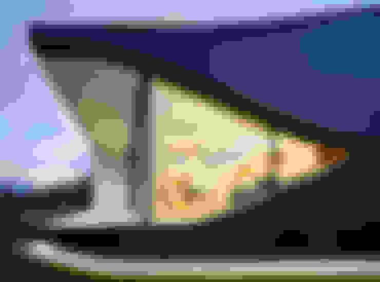 บ้านและที่อยู่อาศัย by Peter Pichler Architecture