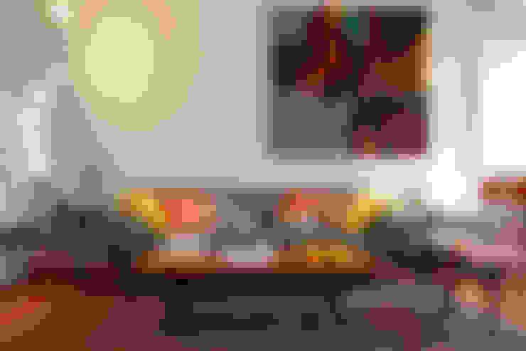 Apartamento A3_Reabilitação Arquitectura + Design Interiores: Salas de estar  por Tiago Patricio Rodrigues, Arquitectura e Interiores