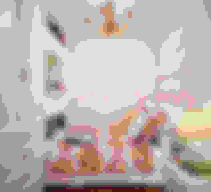 Романтический интерьер для семейной пары: Спальни в . Автор – Студия дизайна Interior Design IDEAS