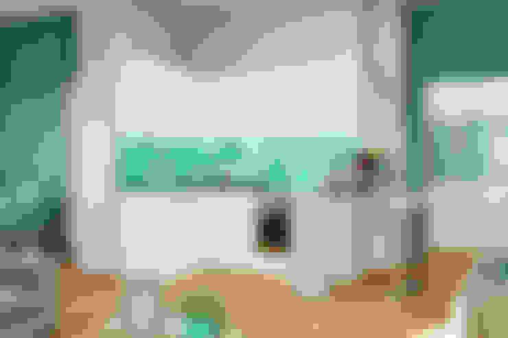 Морской стиль для гостиной и кухни: Кухни в . Автор – Студия дизайна Interior Design IDEAS