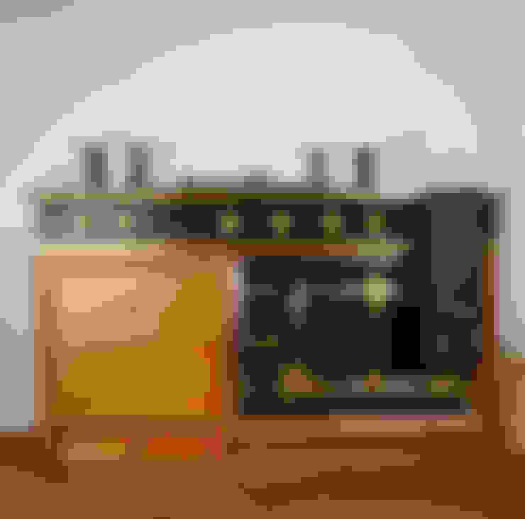 Cocina de estilo  por Tim Wood Limited