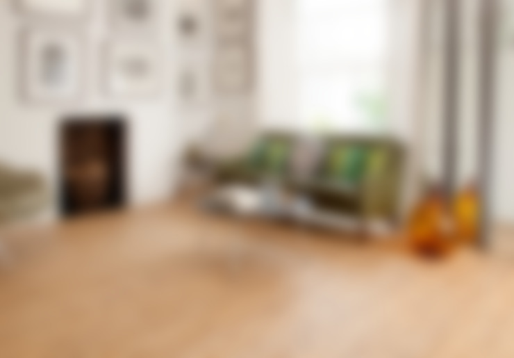 Walls & flooring by Leoline