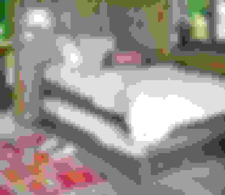 Dormitorios de estilo  por MRN