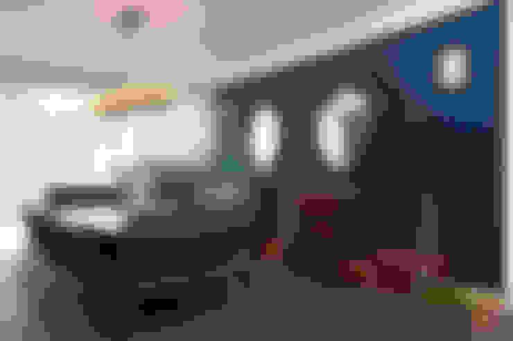 Departamento DL: Comedores de estilo  por kababie arquitectos