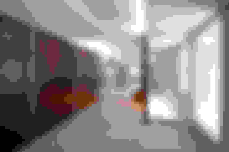泉台の家: 株式会社ギミックが手掛けた寝室です。