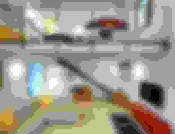 Living room by Lormet