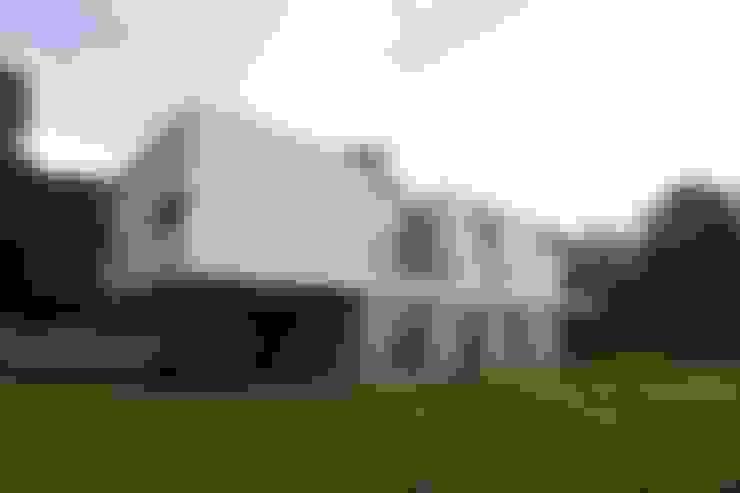 Nhà by SECHEHAYE Architecture et Design
