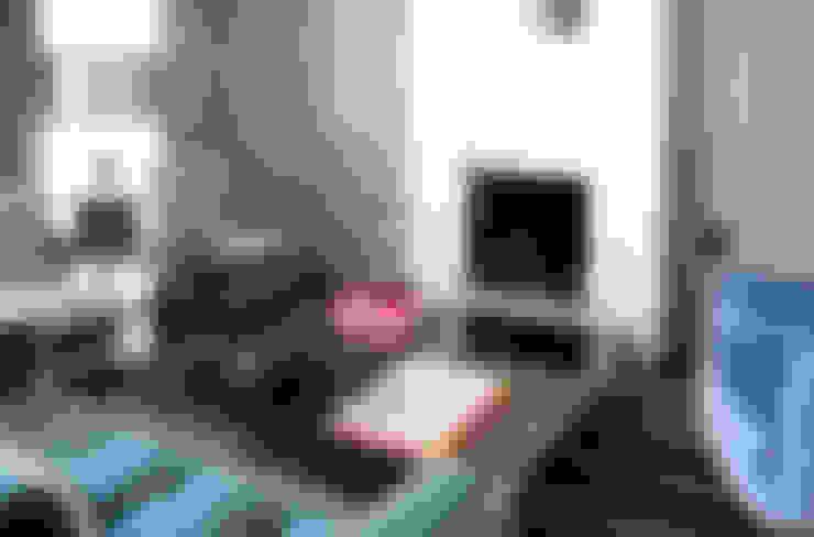 Salas / recibidores de estilo  por IN DESIGN Studio
