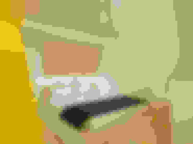 ห้องนอน by POINT. ARCHITECTS