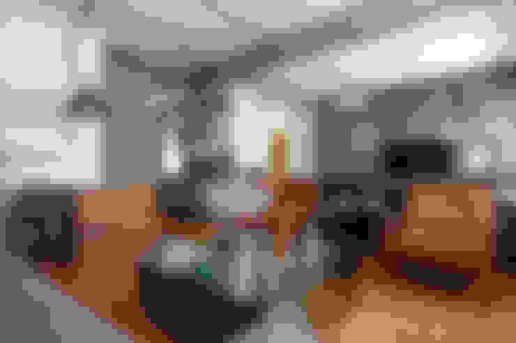 ห้องนั่งเล่น by PM Arquitetura