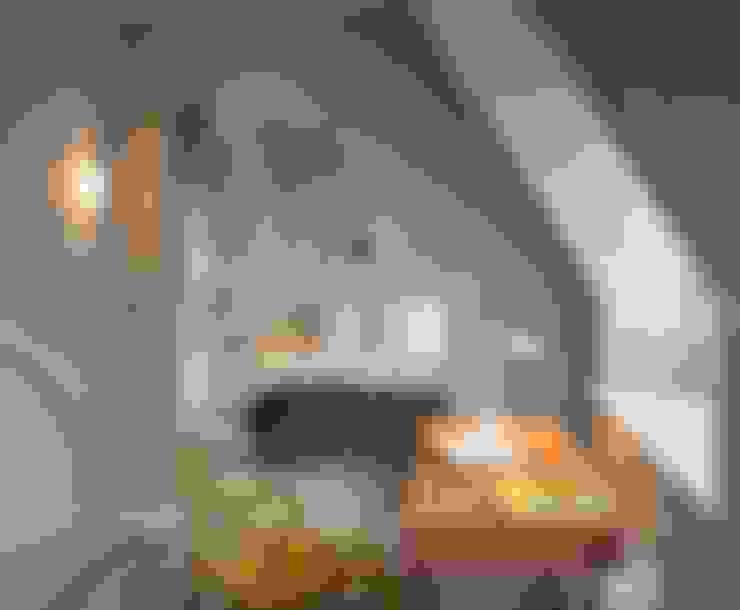 Bedroom by TG Studio