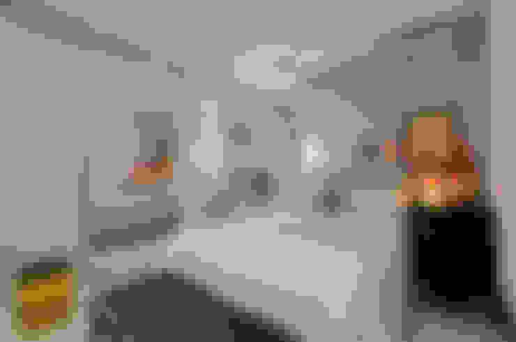 Dormitórios adolescentes!: Quartos  por Johnny Thomsen Arquitetura e Design