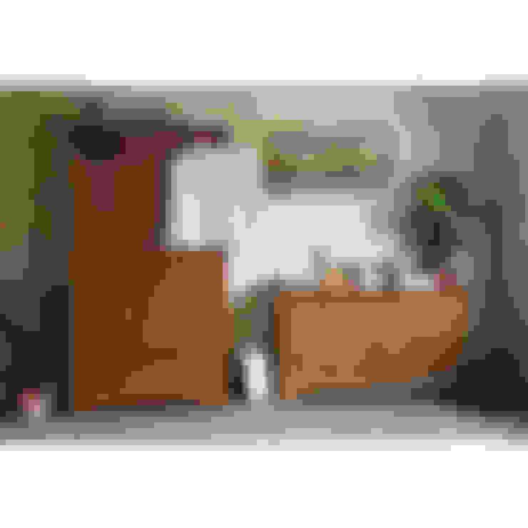 Dormitorios de estilo  por The Cotswold Company