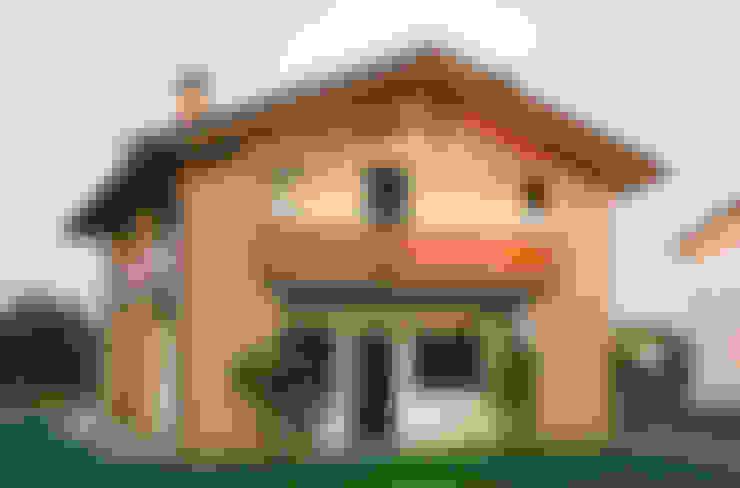 Houses by Studio architetto Mauro Gastaldo