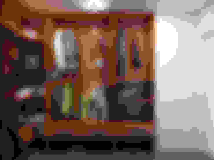 غرفة الملابس تنفيذ Дизайн студия Александра Скирды ВЕРСАЛЬПРОЕКТ