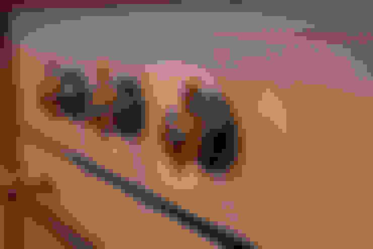 Белая гора: Кухня в . Автор – Дизайн студия Александра Скирды ВЕРСАЛЬПРОЕКТ