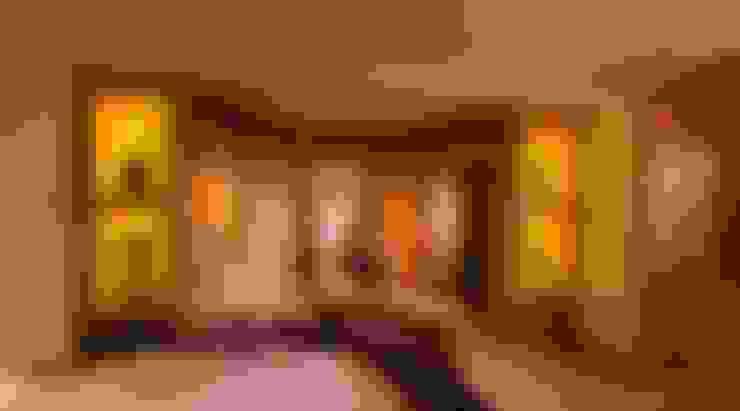 Dormitorios de estilo  por studio lenzi e associati