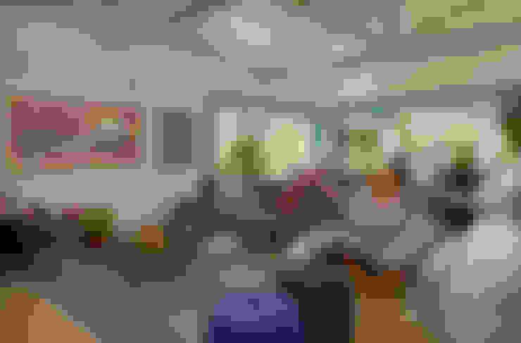 Гостиная в . Автор – Beth Marquez Interiores