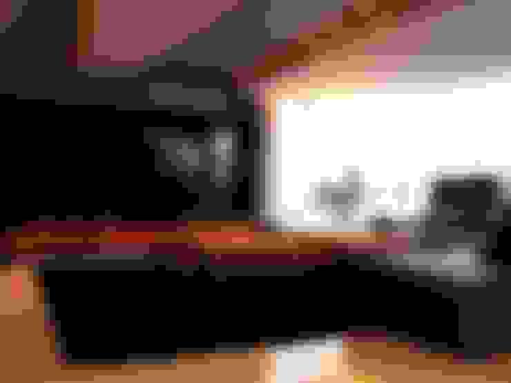 Apartamento Jovem Solteiro: Salas de estar  por Arq. Leonardo Silva