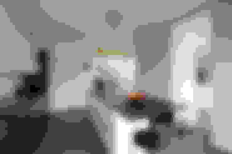 Kitchen by agence MGA architecte DPLG