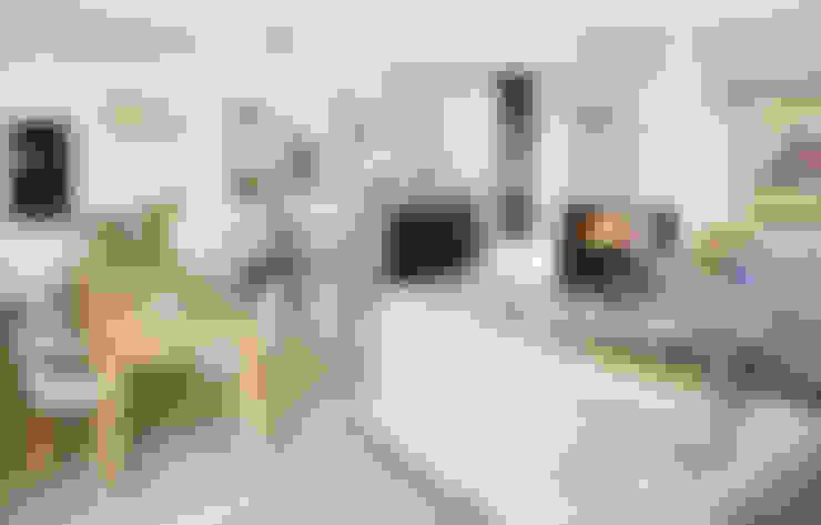 Гостиная в . Автор – MAKAO home