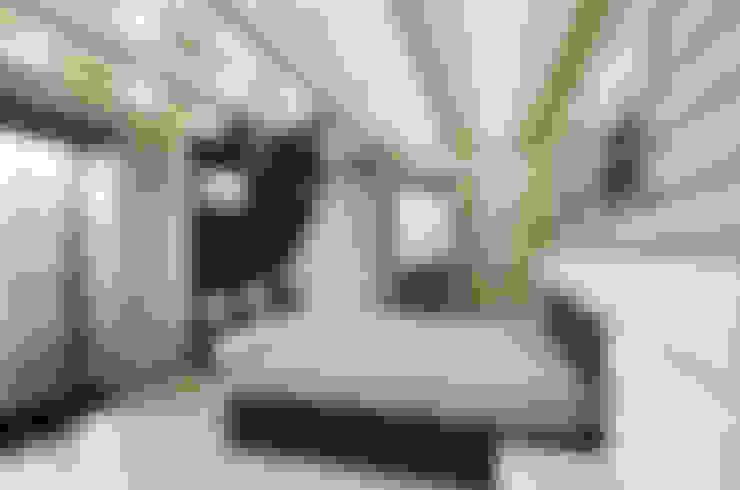 Bedroom by Samarina projects