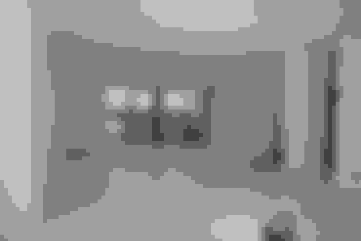 Stucwerk woonkamer | living:   door WandenPlafondSpuiten.nl | latex spuiten | spack spuiten | stucwerk