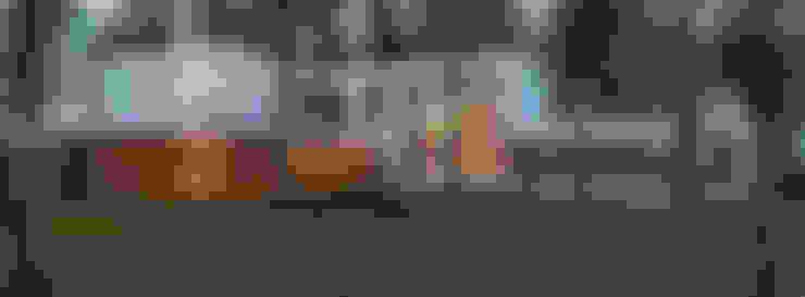 Дом в поселке Брюховичи: Дома в . Автор – ALEXANDER ZHIDKOV ARCHITECT