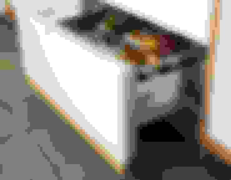 Kitchen by DESIGNMOB MOBİLYA İNŞ SAN DIŞ TİC LTD ŞTİ