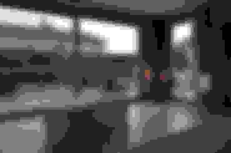 Dom w Gorzowie nr 2: styl , w kategorii Sypialnia zaprojektowany przez STRUKTURA Łukasz Lewandowski