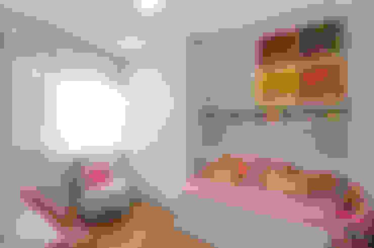 dormitório infantil, quartinho de bebê: Quarto infantil  por ABHP ARQUITETURA