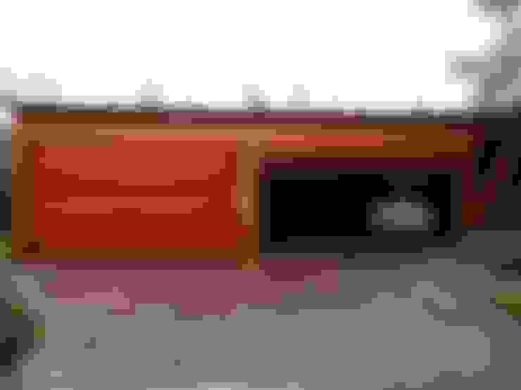 Garagens abertas  por Pergomadera Pérgolas y Porches de madera