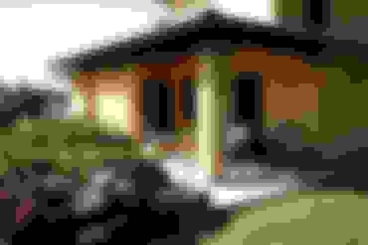 Terraços  por Studio Tecnico Fanucchi