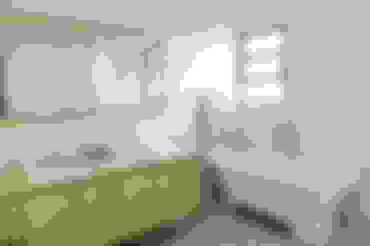 Banheiro principal: Banheiros  por Ruta arquitetura e urbanismo