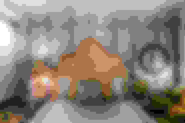 """Настенное зеркало """"Зарин"""": Спальная комната  в . Автор – IFdecor"""
