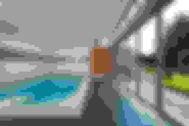 Ventanas y puertas de estilo  por Solarlux GmbH