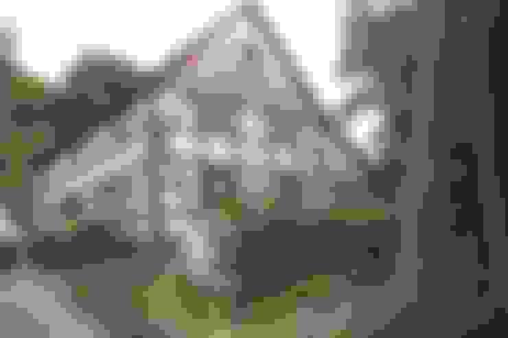Casas  por Stuccolustro