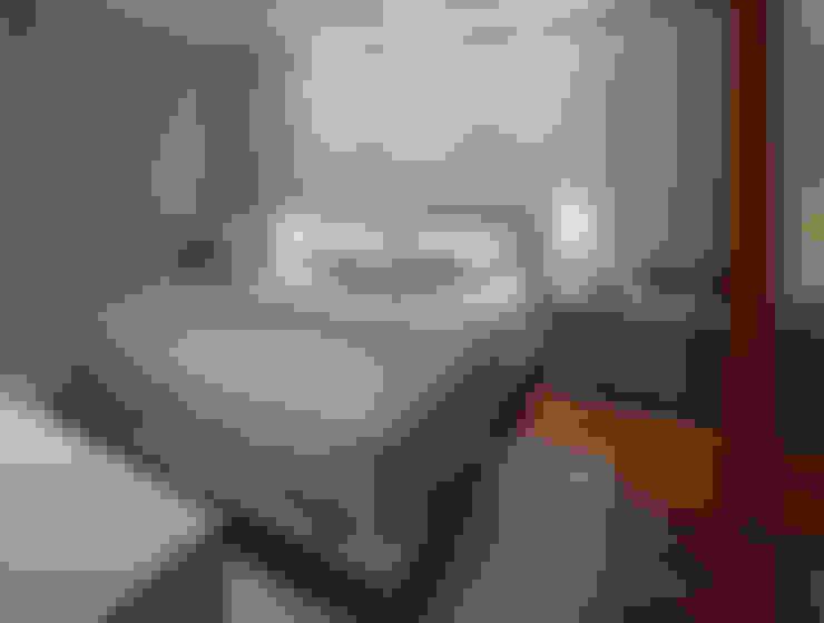 Apartamento Residencial Sion 260m²: Quartos  por Andréa Buratto Arquitetura & Decoração