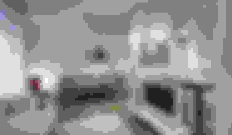 Interior a Santarcangelo: Soggiorno in stile  di cristina zanni designer