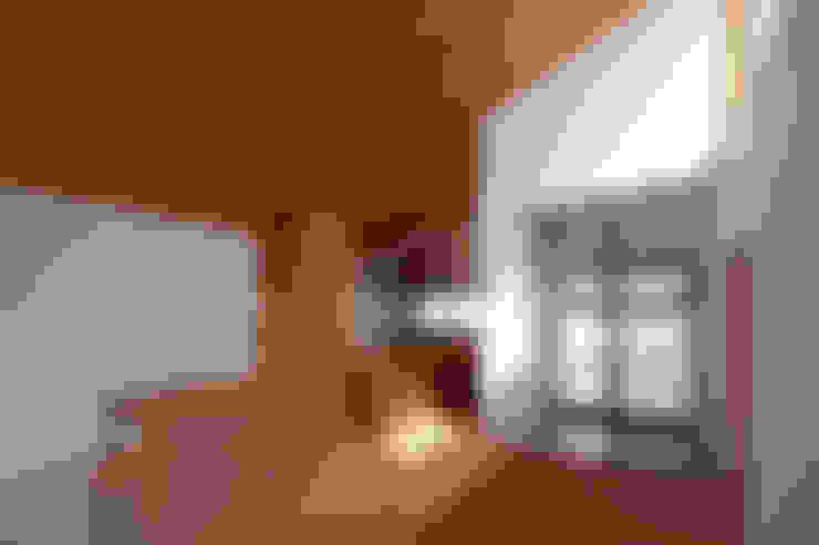 Walls by (有)菰田建築設計事務所