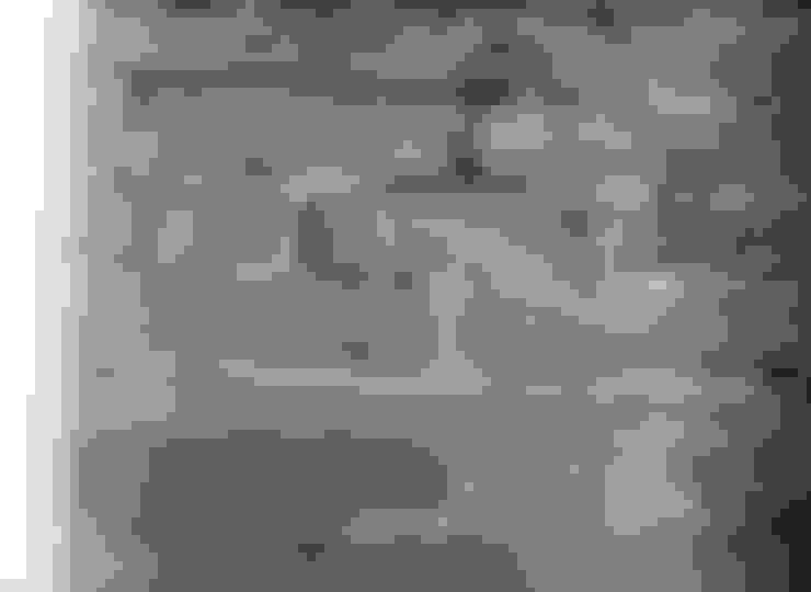 Walls & flooring by WALLPAPER by deborah bowness