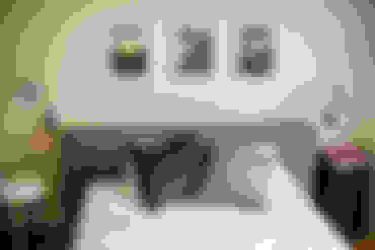 Camera da letto in stile  di (주)바오미다