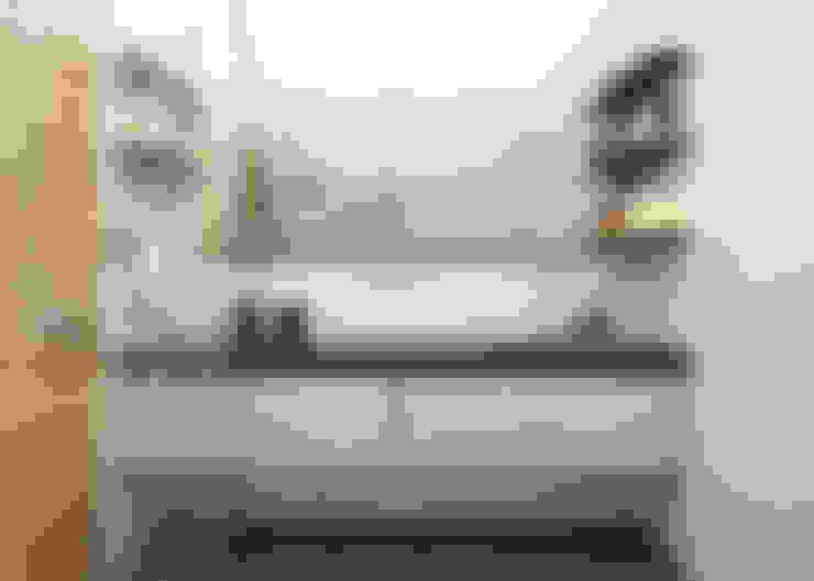 ROAS ARCHITECTURE 3D DESIGN AGENCY – En Suite Bathroom:  tarz Banyo