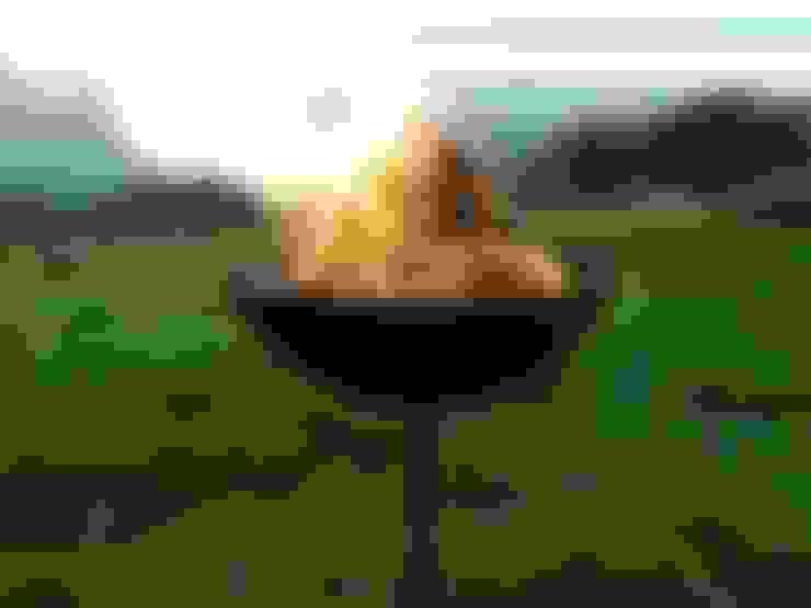 Projekty,  Ogród zaprojektowane przez Somerset Fire Pits Ltd