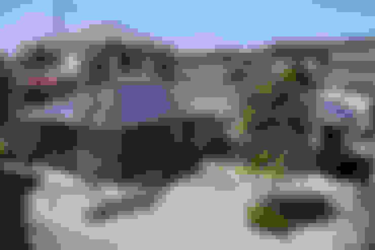 Houses by 山田伸彦建築設計事務所