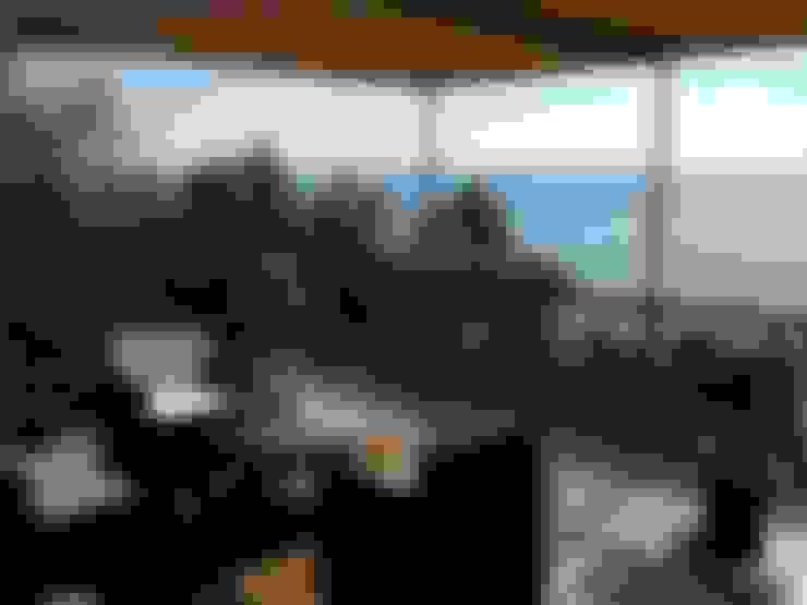 Balconies, verandas & terraces  by ilariobontempo