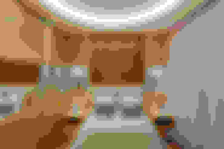 Casa Buriti: Quartos  por Arquiteto Aquiles Nícolas Kílaris