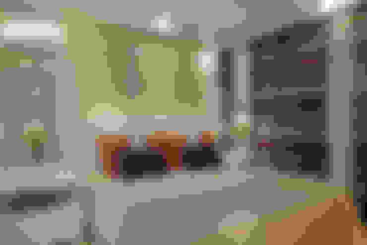 Reforma Casa Ipiranga: Quartos  por Designer de Interiores e Paisagista Iara Kílaris