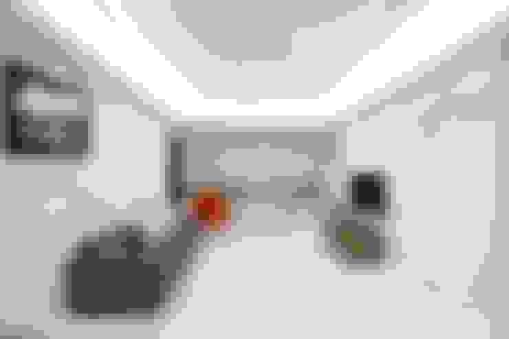 여자라면 누구나 탐낼만한 주방인테리어: 홍예디자인의  거실